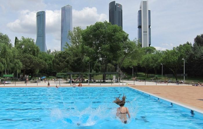 Se triplican las agresiones a trabajadores de piscinas for Piscinas privadas madrid